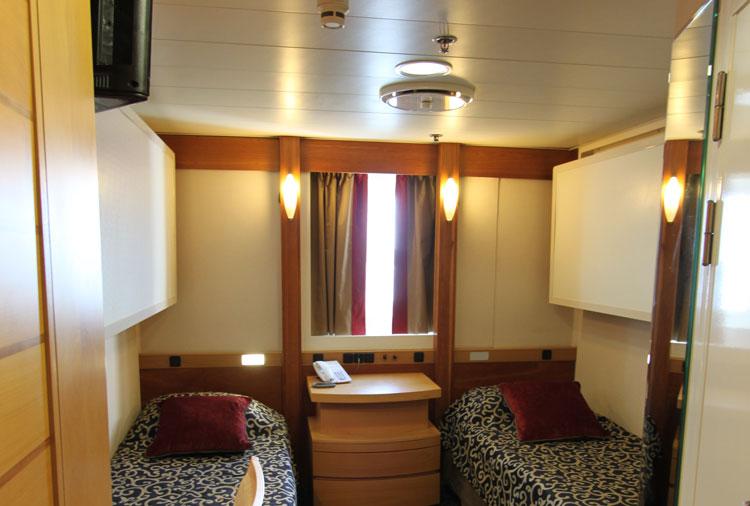 Category 5 cabin Ocean Endeavour